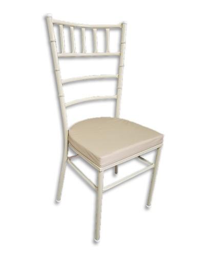 Cadeira Tiffany C/ Detalhe...